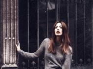 Justine Jugnet - Femme Portrait  Book Paris Mode - Test Agence - Studio le carre