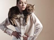 Justine Jugnet - Femme Portrait Test Agence Book Chat Lyon Mode - Edito Magazine - Studio le carre