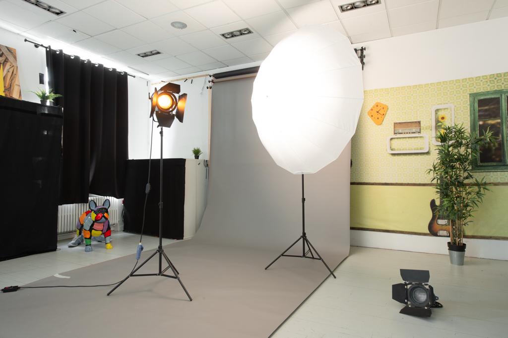 Location de studio photo et vidéo à Lyon, image pour incrustation de fond vert
