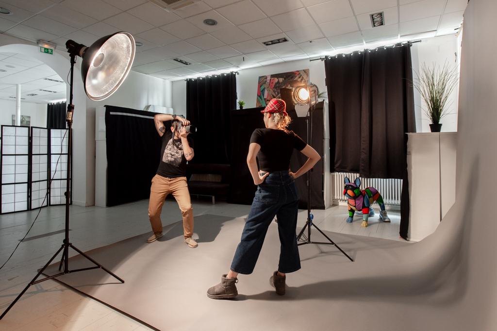 Location de studio photo et vidéo pour fond vert à Lyon, lieu de tournage de vidéo clip à lyon