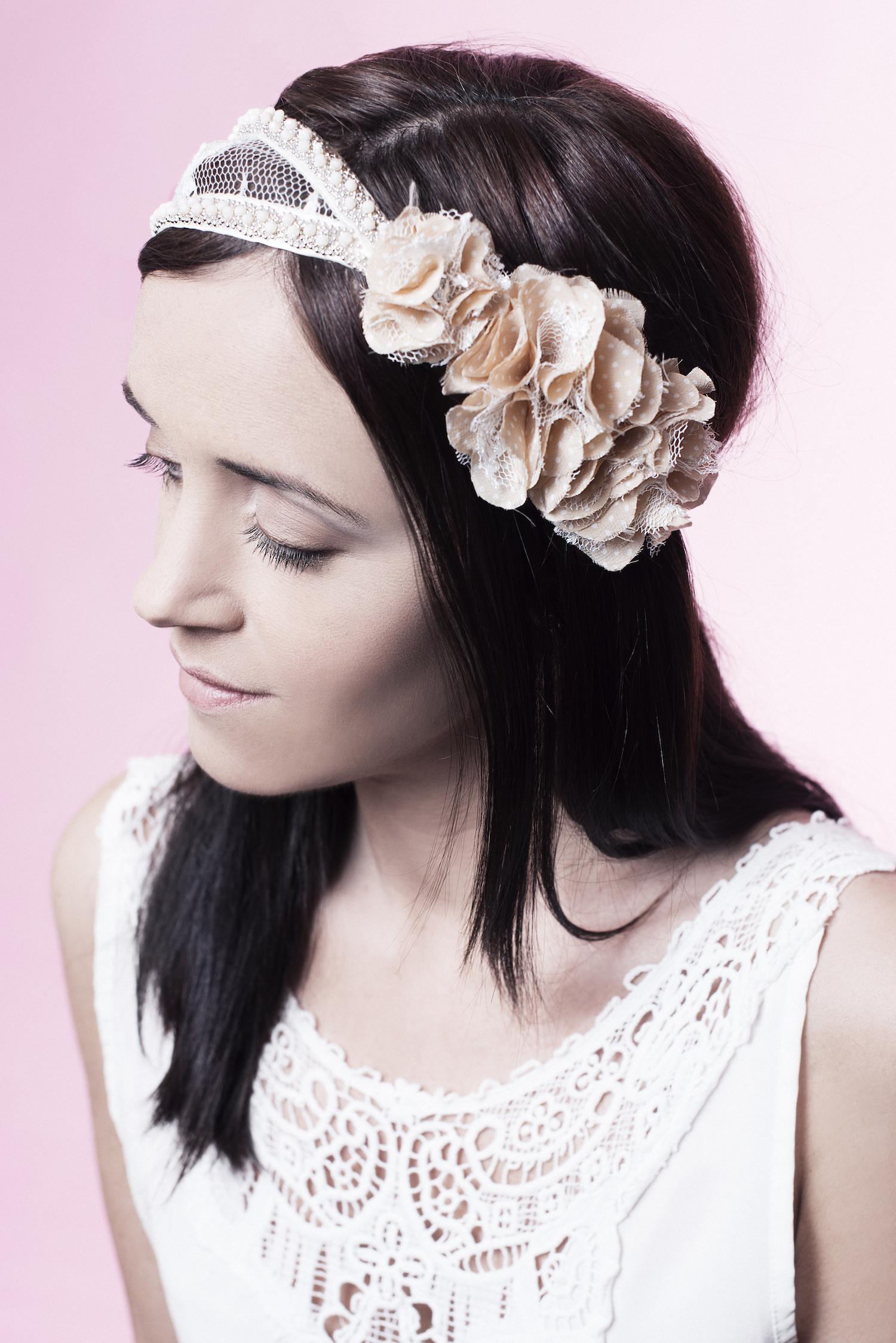 Justine Jugnet - Femme Portrait Test Agence Book Fleur Tand3m Headband Lyon Mode - Edito Magazine - Studio le carre