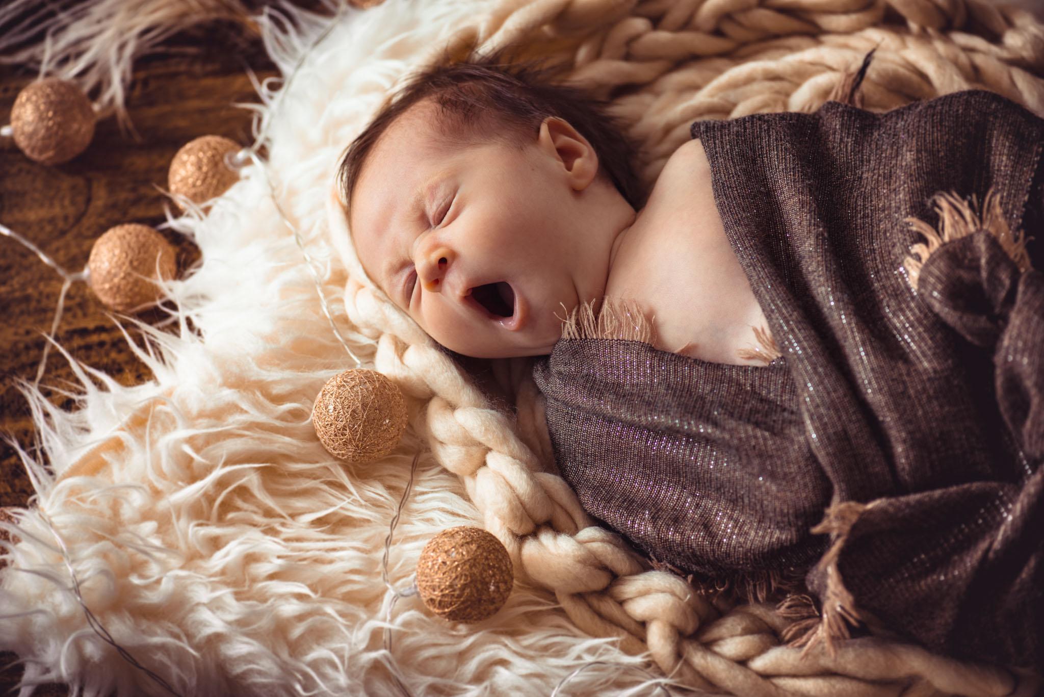 Meilleur Site Pour Photographe photographe shooting photo bébé à lyon - studio le carré