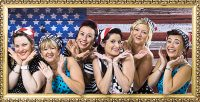 Groupe de femmes américaines habillées vintage, animation fun et décalée