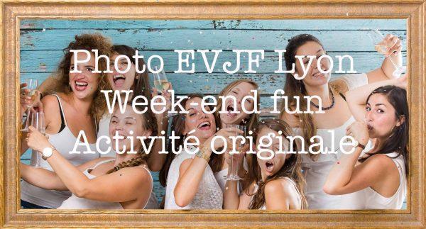 Photo EVJF LYON Weekend Fun Activité Originale, idées d'organisation d'activité originale pour enterrement de vie de jeune fille avec décor accessoires et déguisement pour un weekend entre copine, Activité originale Amazing Rembrandt