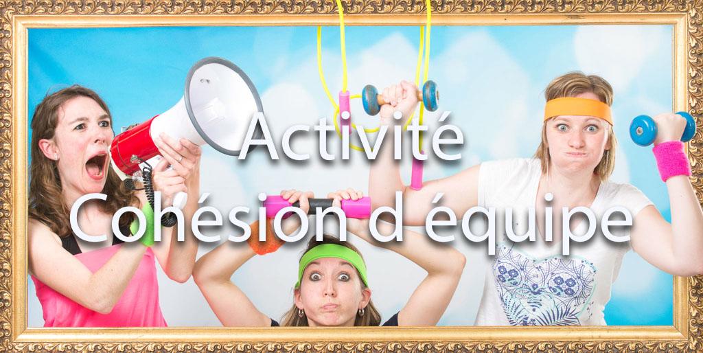 idée animation pour entreprise Photocall sur décors originaux pour tous vos événements soirées et séminaires d'entreprises | 3 sportives s'entraînent | sport, effort, criéer, muscle