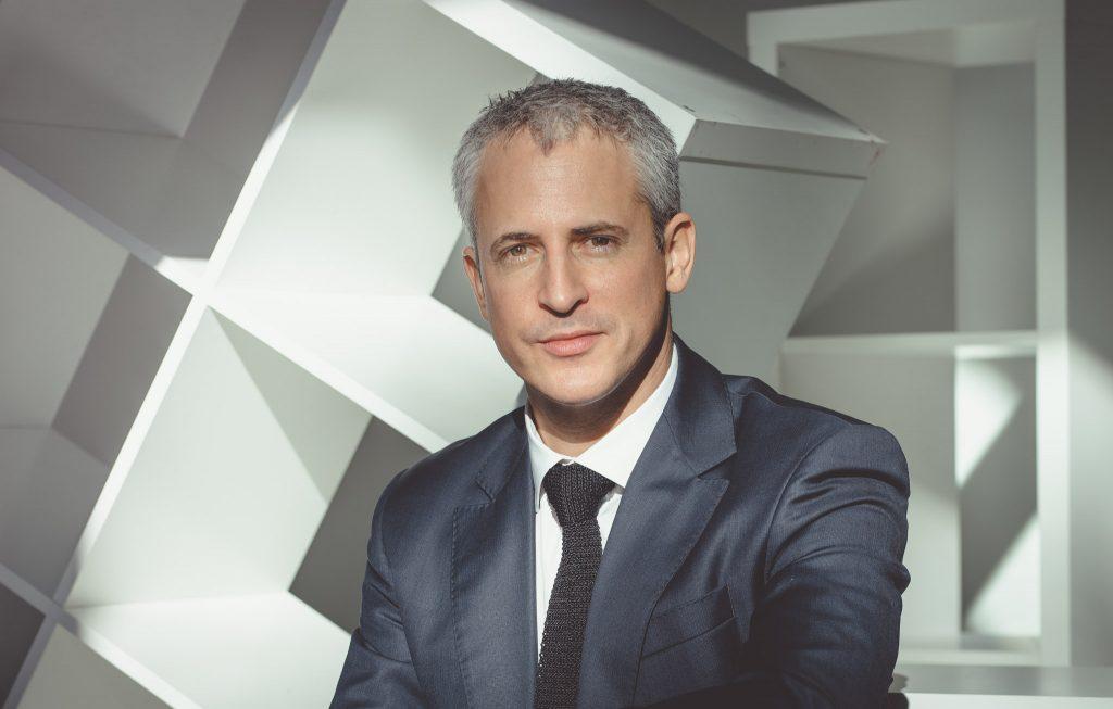 Tarif portrait pro entreprise - Séance shooting photo portrait professionnel pour site internet CV et LinkedIn